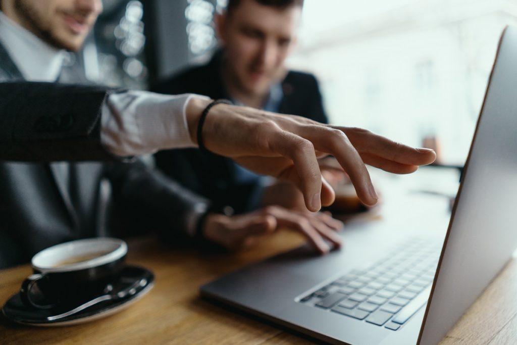How External Auditors in Dubai Help Identify Business Loopholes